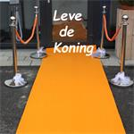 Oranje loper voor opendeur dagen en Koningsdag