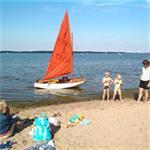 Mirror Dinghy zeilboot met gaffeltuig en fok