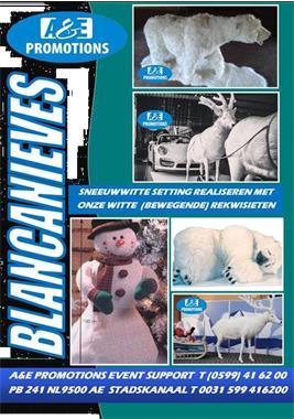 Grote foto ijsbeer vitrinefiguren huren sneeuwpop 0599416200 diensten en vakmensen entertainment
