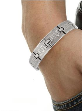 Grote foto fitter en meer energie met magneet armband sport en fitness bergsport en wandelen