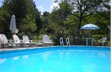 Grote foto mooie vakantieboerderij zwembad kinderen welkom vakantie frankrijk