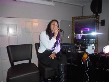 Grote foto lady singer rachima allround live muziek muziek en instrumenten zangers en zangeressen
