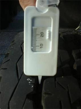 Grote foto banden 195x70 r15c 9 mm voor bestelbus of caravan auto onderdelen banden en velgen