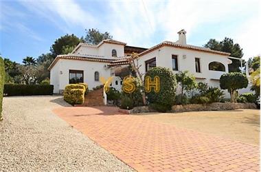 Grote foto nice villa of high quality in quiet urbanisation. huizen en kamers bestaand europa