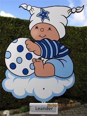 Grote foto ooievaars 2 stuks op echt nest met blauwe strik kinderen en baby kraamcadeaus en geboorteborden