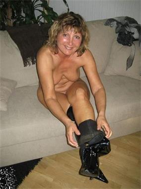 Grote foto stel zoekt jongen of man erotiek contact stel tot man
