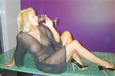 Grote foto amateur gigolo gezocht voor een avondje erotiek contact vrouw tot man
