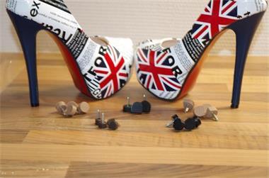 Grote foto nieuwe hakjes voor je pumps laarzen en high heels kleding dames schoenen