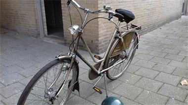 Grote foto te koop gazelle dames fiets fietsen en brommers damesfietsen