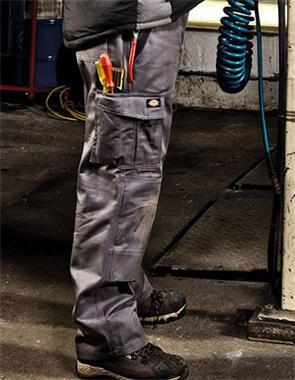 Grote foto dickies industry werkbroek 300 in meerdere kleuren tuin en terras werkkleding