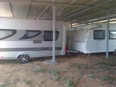 Grote foto caravanstalling loparking caravans en kamperen stalling