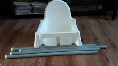 Kinderstoel Hoge Tafel.Een Hoge Kinderstoel