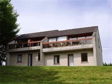 Grote foto bungalow voor 6 p.luxemburg op park met zwembad vakantie belgi