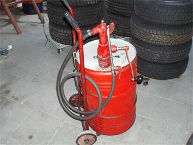 Grote foto versnellings bak vul pomp auto diversen gereedschap
