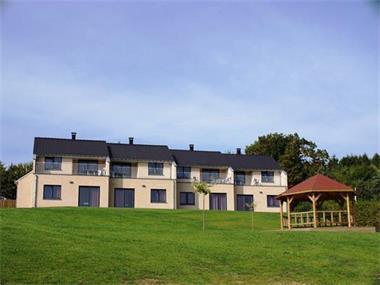Grote foto bungalow voor 16 p. luxemburg park zwembad vakantie belgi