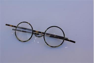 Grote foto antieke kantenmuts en bril antiek en kunst kleding en textiel