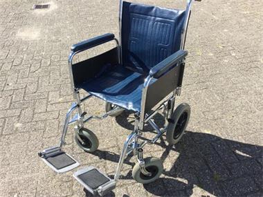 Grote foto rolstoel makkelijk opvouwbaar compact model. beauty en gezondheid rollators
