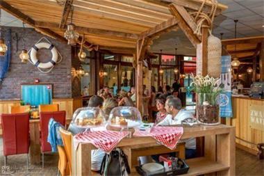 Grote foto gezellig 4 6 persoons vakantiechalet op camping julianahoeve vakantie nederland zuid