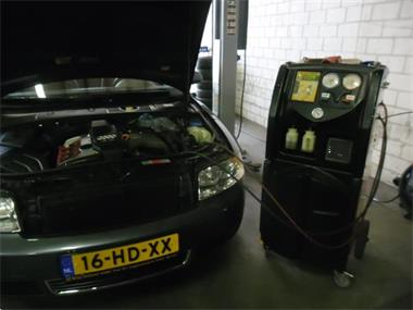 Grote foto airco service reinigen r134a bijvullen incl 3 lekkage testen diensten en vakmensen verhuur auto en motor