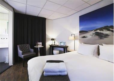 Grote foto kamer deluxe kamer met regendouche den burg vakantie nederland noord