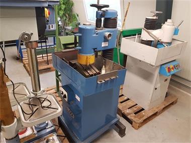 Grote foto zwenkslijpmachine komslijpmachine slijpmachine met magneetta doe het zelf en verbouw gereedschappen en machines