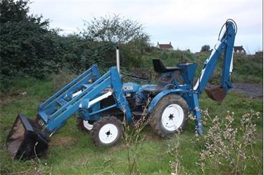 Grote foto trekker iseki 2116o volledig functioneel agrarisch tractoren