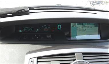 Grote foto scenic 2 instrumenten paneel dashboard reparatie. auto onderdelen dashboard en schakelaars