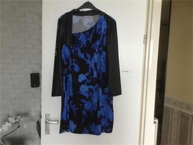 Grote foto blauw zwart leer kleding dames grote maten