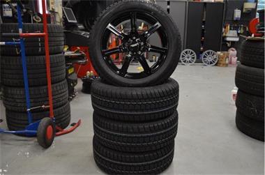 Grote foto nieuwe set 16 alfa romeo guilietta velgen met winterbanden auto onderdelen overige auto onderdelen