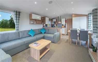 Grote foto stacaravan kussens matrassen interieur reinigen caravans en kamperen stacaravans