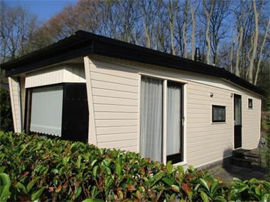 Grote foto gemeubileerde woonruimte voor korte langere tijd te huur. gr vakantie campings