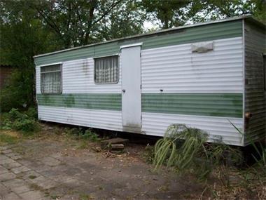 Grote foto verwijderen van oude caravans caravans en kamperen stacaravans