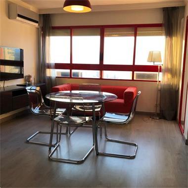 Grote foto appartement met uitzicht op zee in benidorm. huizen en kamers bestaand europa