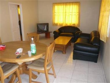 Te huur 3 luxe appartementen aan de cocobiacoweg for Luxe vakantie appartementen