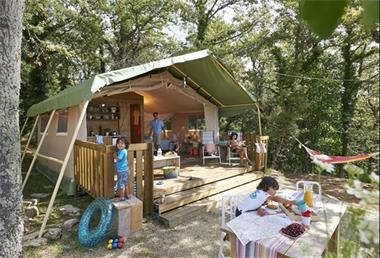 Grote foto luxe kampeervakanties in ingerichte safaritenten vakantie italie
