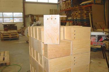 Houten kisten en kratten op maat gemaakt kopen overige for Houten trappen op maat gemaakt