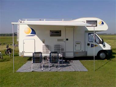 Grote foto camper huren dan nu een mailtje sturen. caravans en kamperen campers
