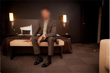 Grote foto gigolo david escort voor vrouwen en koppels. erotiek escort service