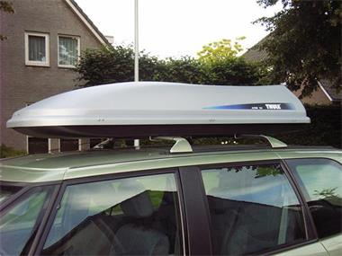 Grote foto te huur afsluitbare hapro dakkoffer skibox 250 l auto onderdelen dakdragers en skiboxen