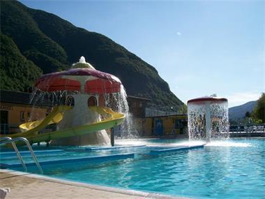 Grote foto luganomeer camping international porlezza vakantie italie