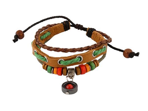 Grote foto bruine leren armband met kralen en bedeltje sieraden tassen en uiterlijk armbanden voor haar