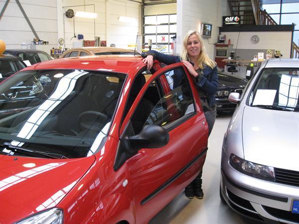 Grote foto occasions met apk keuring en garantie zakelijke goederen auto