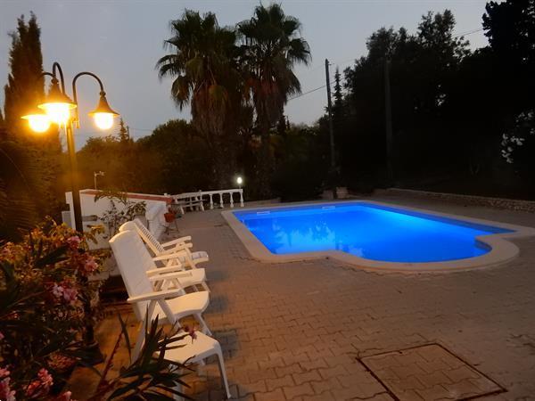 Grote foto algarve carvoeiro vrijst. villa met zwembad. vakantie portugal