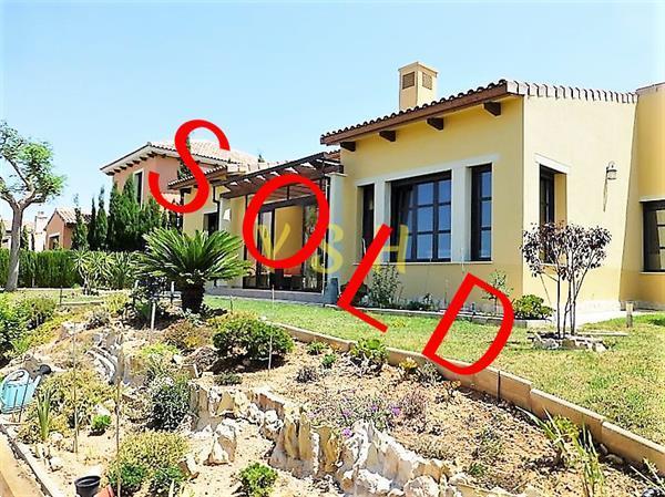 Grote foto nice 8 years old villa. reduced from 435.000 huizen en kamers vrijstaand