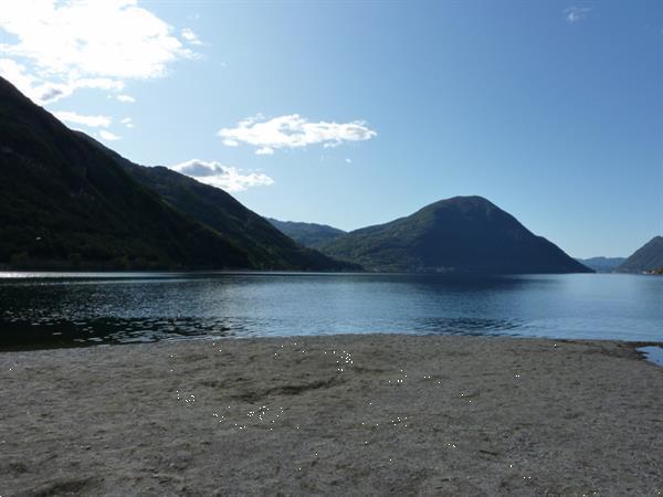 Grote foto te huur prive chalet luganomeer porlezza italie vakantie italie