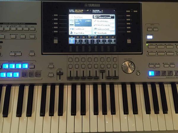 Grote foto yamaha tyros 5 met 76 toetsen muziek en instrumenten keyboards