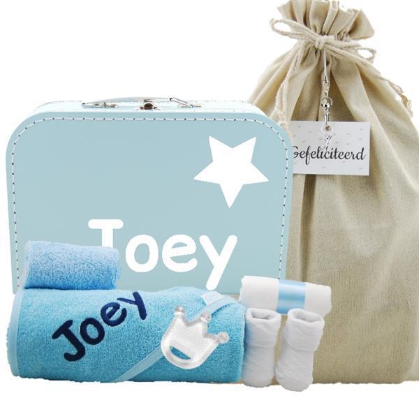 Grote foto babypakketje babyroze met naam kinderen en baby kraamcadeaus en geboorteborden