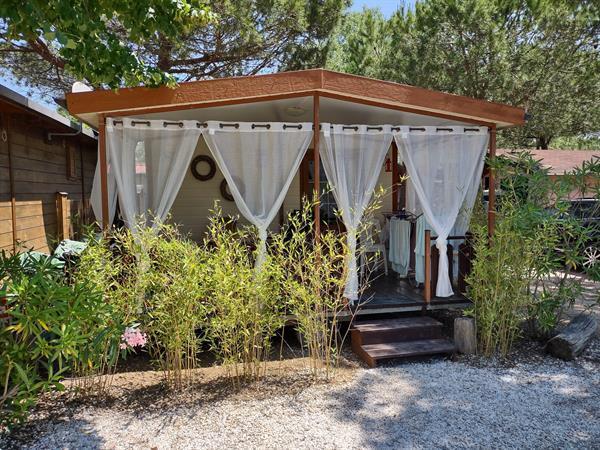 Grote foto chalet bij zee camping paradiso viareggio toscane vakantie strandvakanties