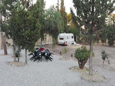 Grote foto caravan staanplaats te huur in el campello spanje caravans en kamperen caravans