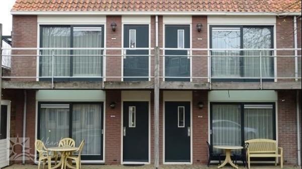 Grote foto mooi en rustig 3 persoons 2 volwassenen en 1 kind vakant vakantie nederland zuid